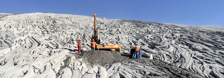 Servicios en torno a la exploración geotécnica para obra civil, edificación, minería y medio ambiente